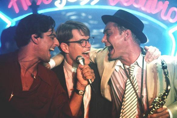 """Matt Damon e Jude Law cantam: """"Tu Vuò Fa' L'Americano"""" de Renato Carossone bem antes do infame PA PANAMERICANO!"""