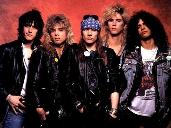 Guns N' Roses: versão pesada de música que Macca fez pro James Bond