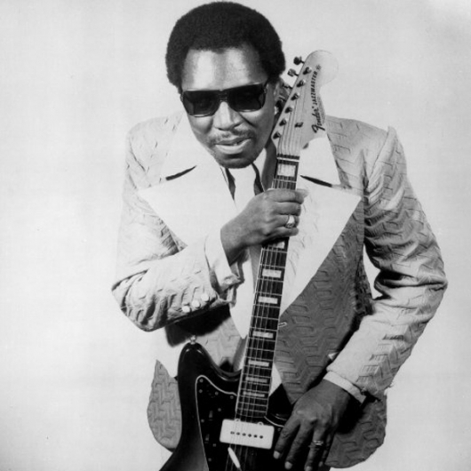 Clarence Carter: não tão famoso quanto Stevie Wonder ou Ray Charles