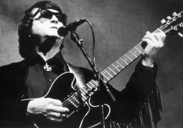 """Roy Orbison: o """"maior cantor de todos os tempos"""" segundo Elvis Presley"""