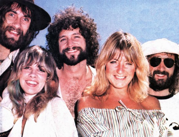 Fleetwood Mac: thunder only happens when it's raining