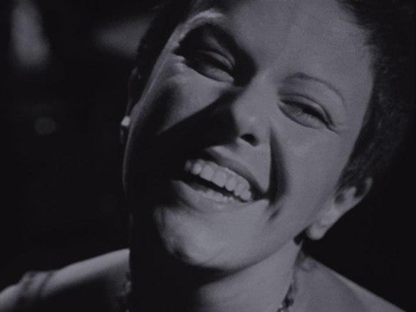 """Elis Regina: décadas depois, o registro definitivo de """"Águas de Março"""" em vídeo encontrou-se com """"Rehab"""", hit de outra diva afeita aos excessos"""