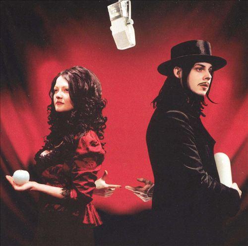 Get Behind Me Satan (2005): sem ter que provar mais nada a ninguém, a banda embarcou no experimentalismo tentando se distanciar de sua clássica assinatura sonora