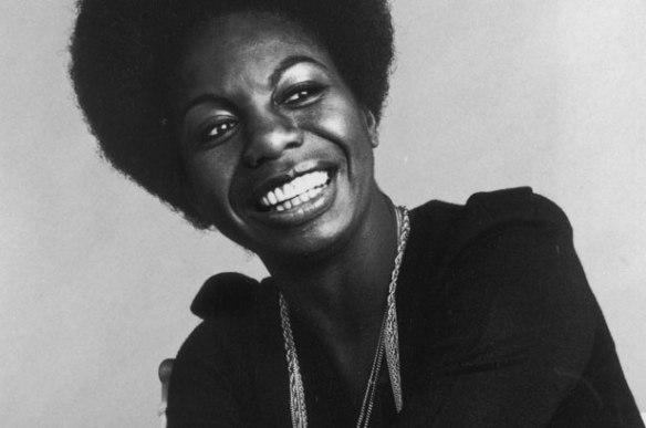 """A cantora Nina Simone: originalmente feita para ela, a canção """"Don't Let Me Be Misunderstood"""" acabou ganhando várias versões bastante distintas entre si"""